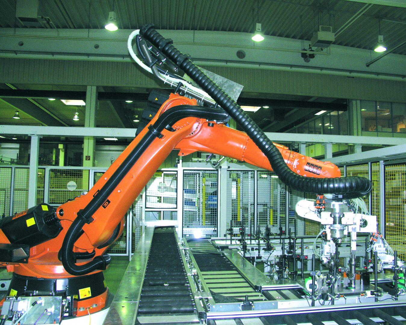 Dobór i cena triflex ® R. Konfiguracja prowadników kablowych dla ruchów wieloosiowych i robotów przemysłowych