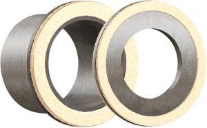 Zwycięska kombinacja – łożysko ślizgowe i uszczelka filcowa. Jak działa podwójna ochrona igus® przed brudem i kurzem?