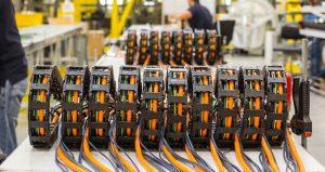 Gotowe systemy e-prowadników readychain oszczędzają czas montażu